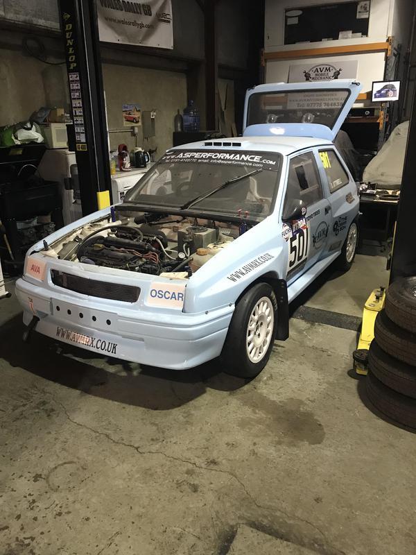 Image 16 - Race vehicle preparation