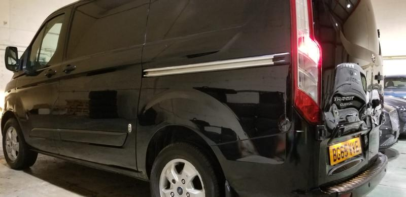 Image 8 - FORD TRANSIT before & after photos. The van has since sold for£2000more since AUTOKLEAN valeted & machine polished the paint work